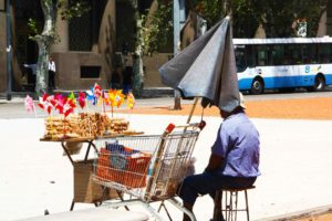 man with shop cart buenos aires