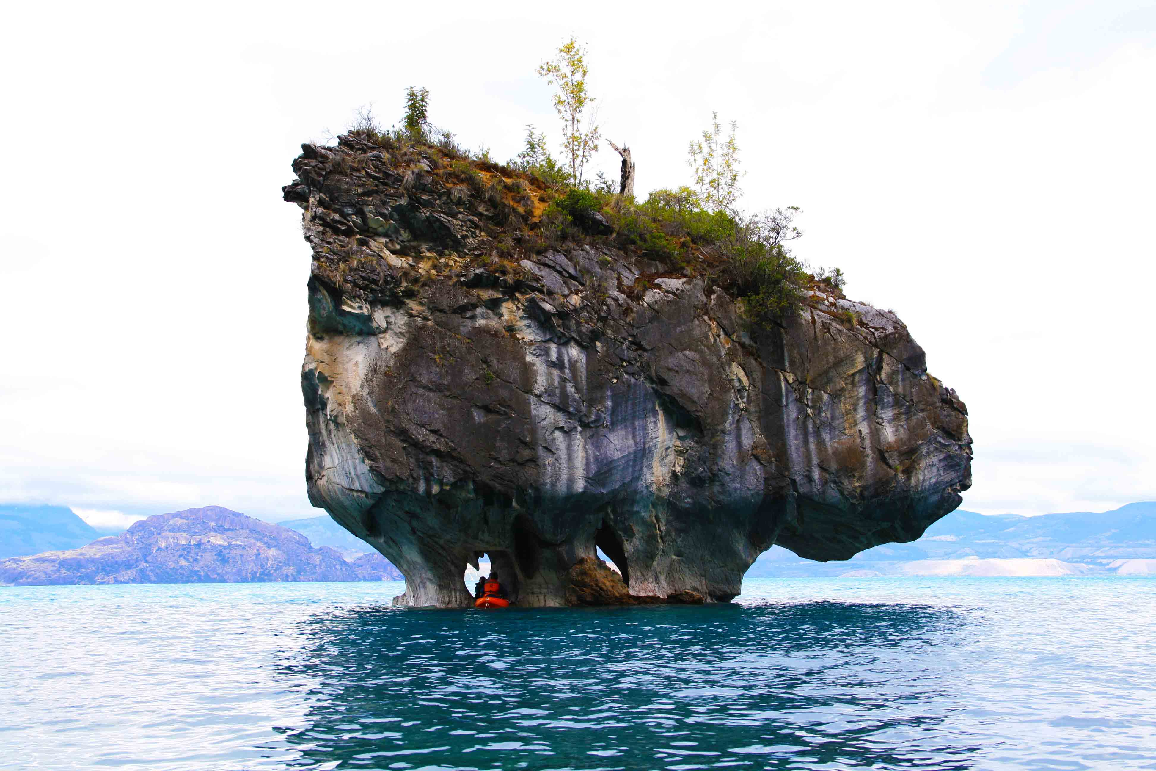 marble_caves_kayaking_chile