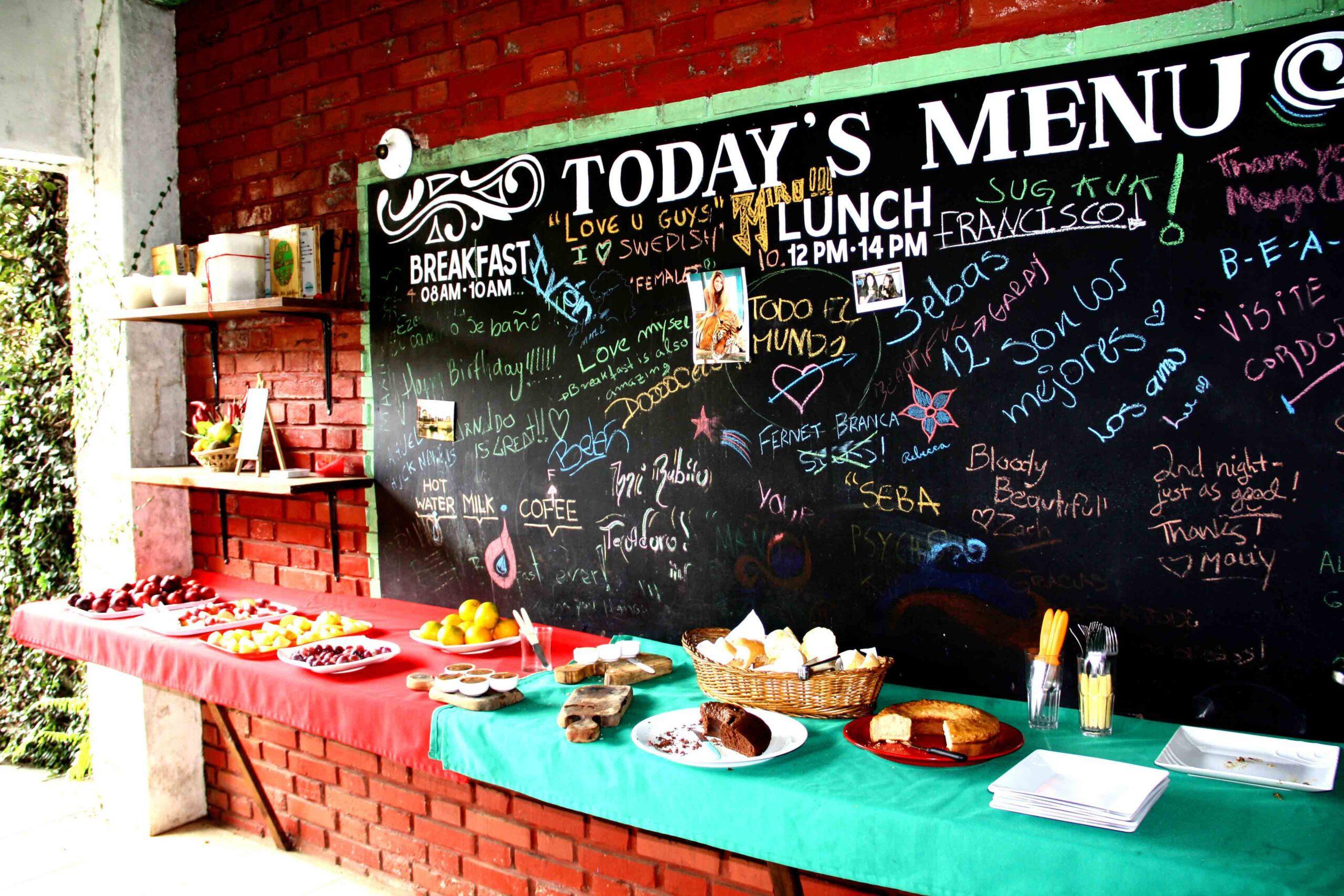 breakfast mango chill hostel