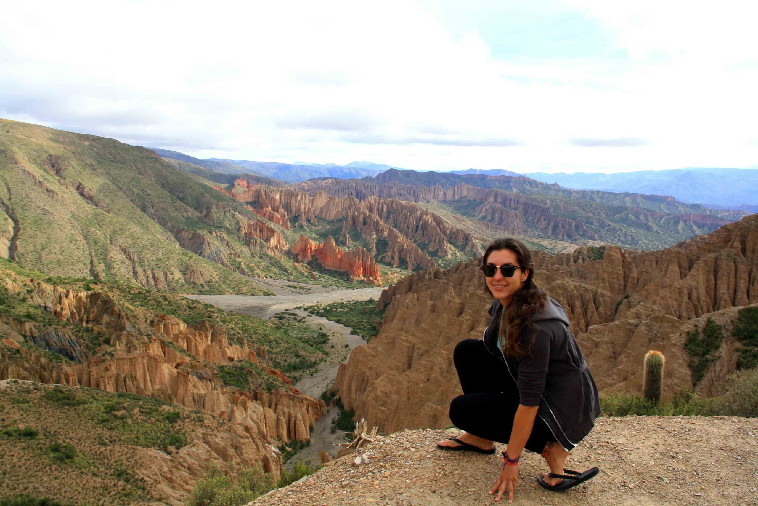 colored mountains tupiza uyuni tour