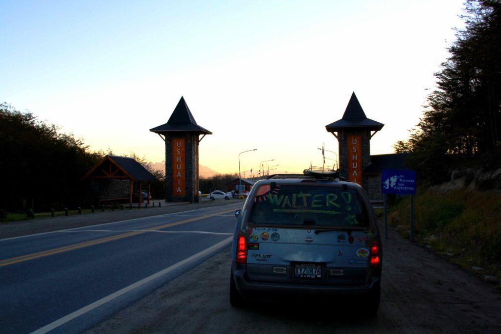 ushuaia gates car