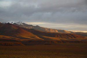 mountain sunset view uyuni tour