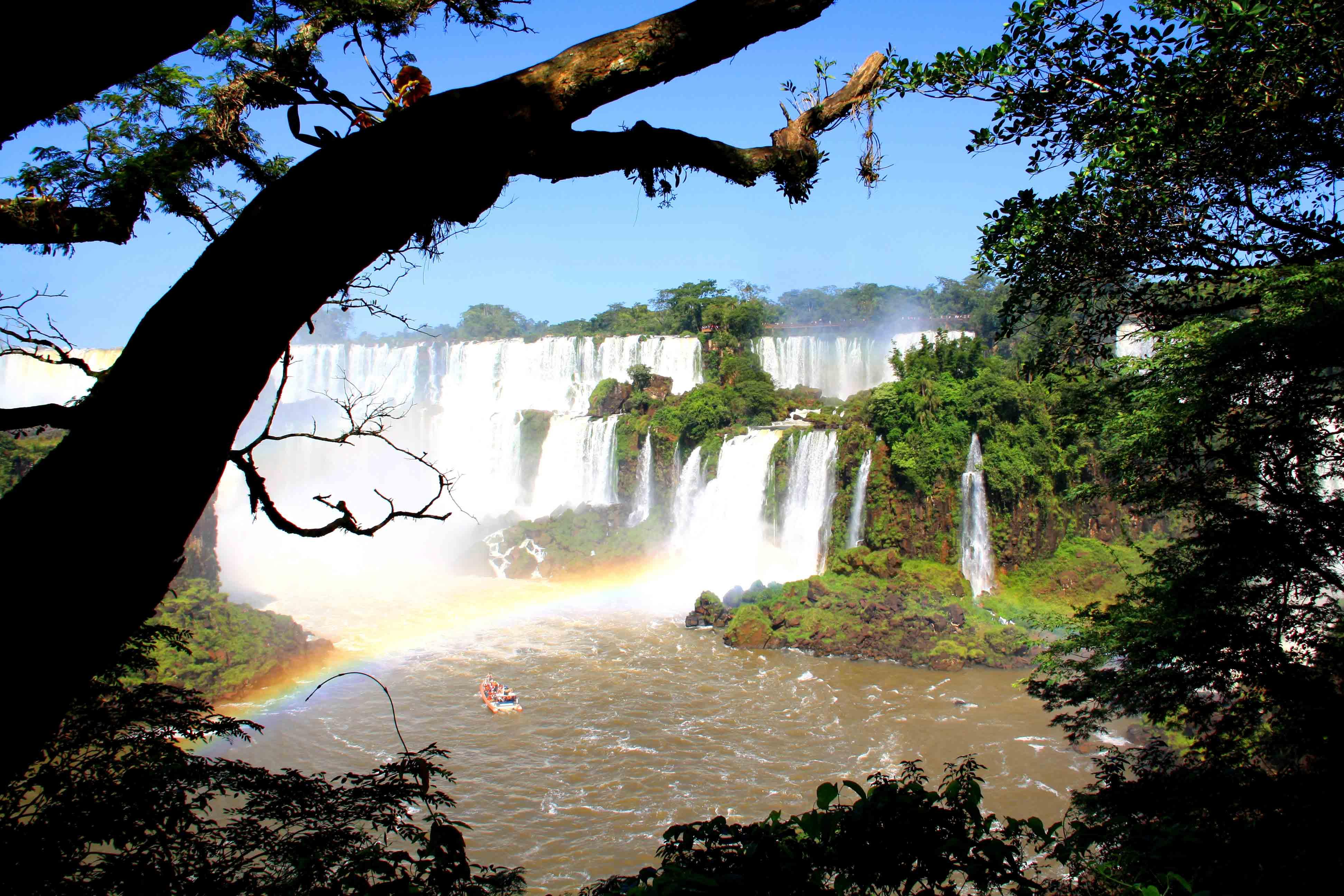 waterfalls rainbows iguazu falls