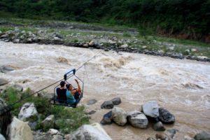 bridge system inca jungle trail Peru
