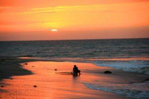 sunset surf session mancora peru