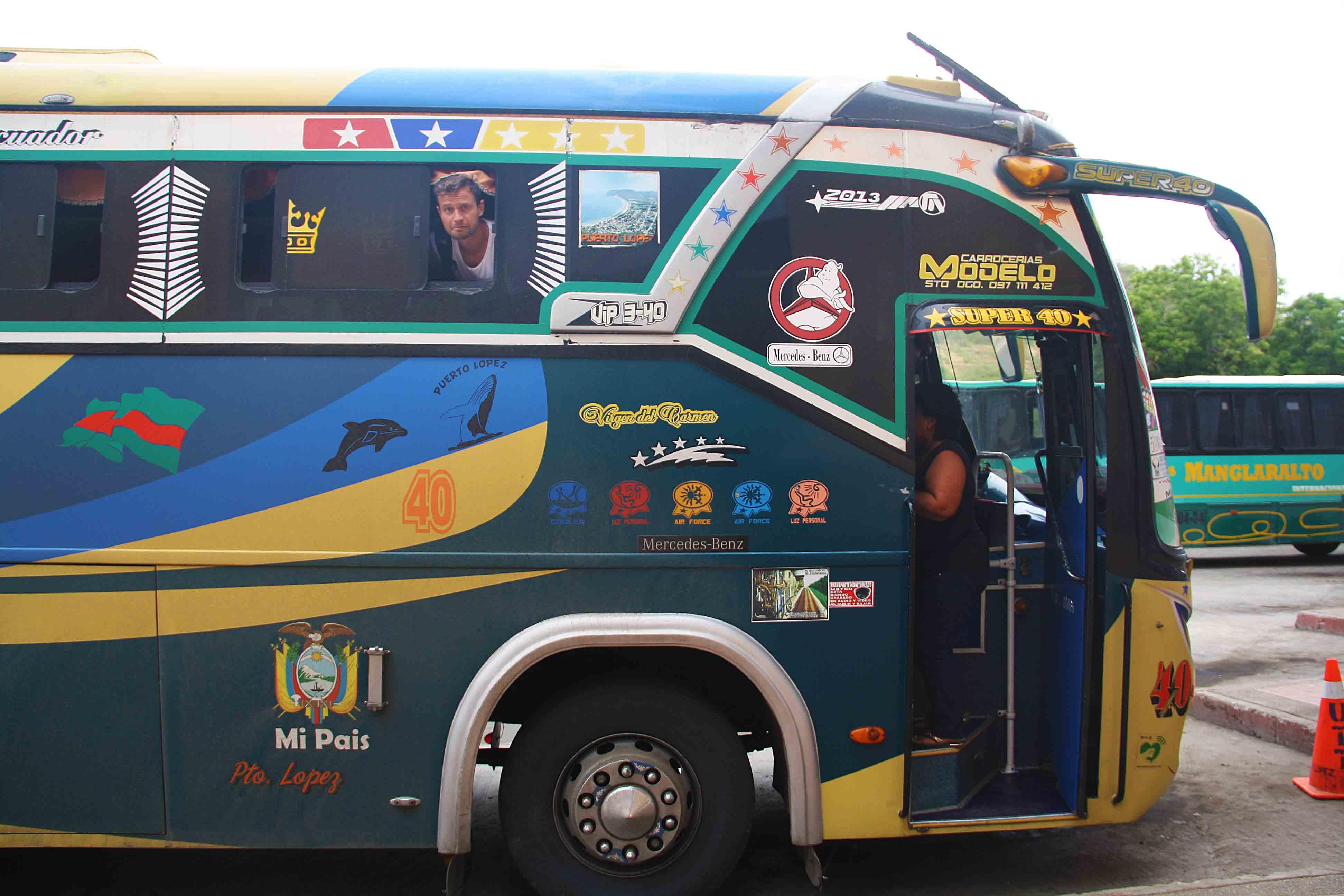 local bus ecuador
