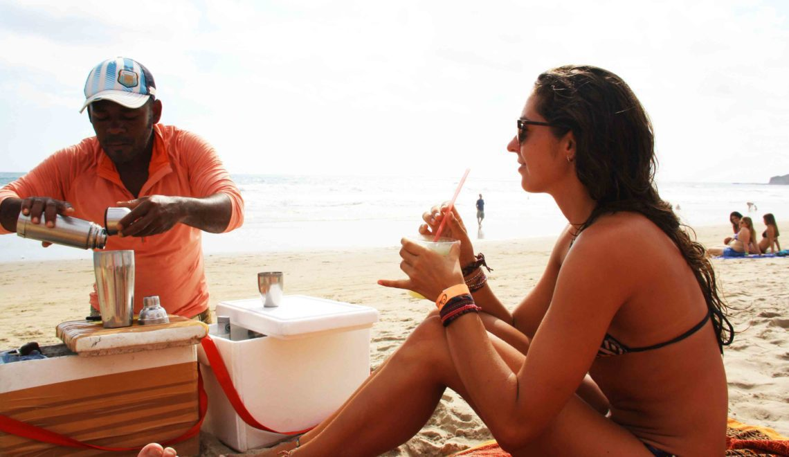 Montanita beach mojito man