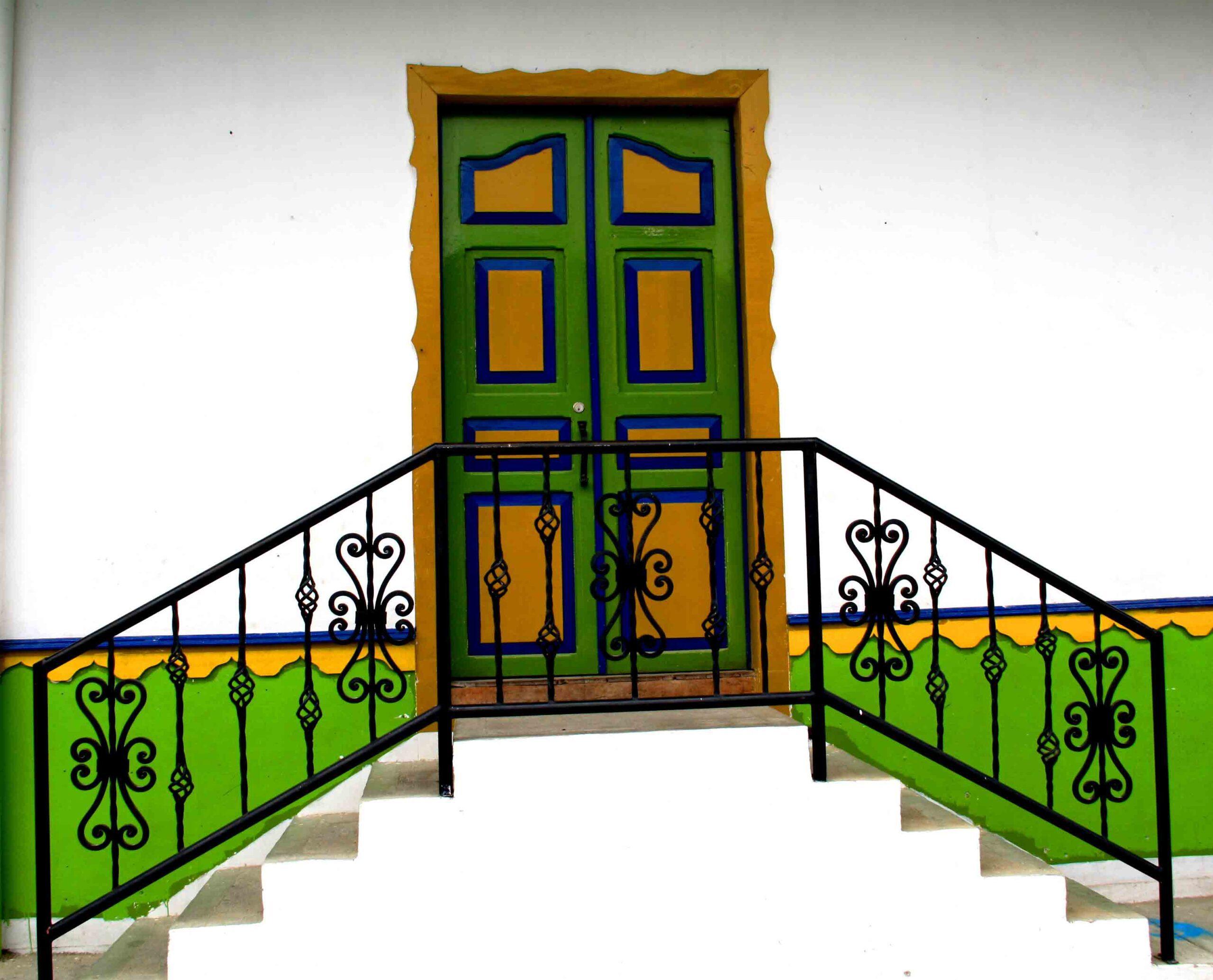 colorful doors in Salento