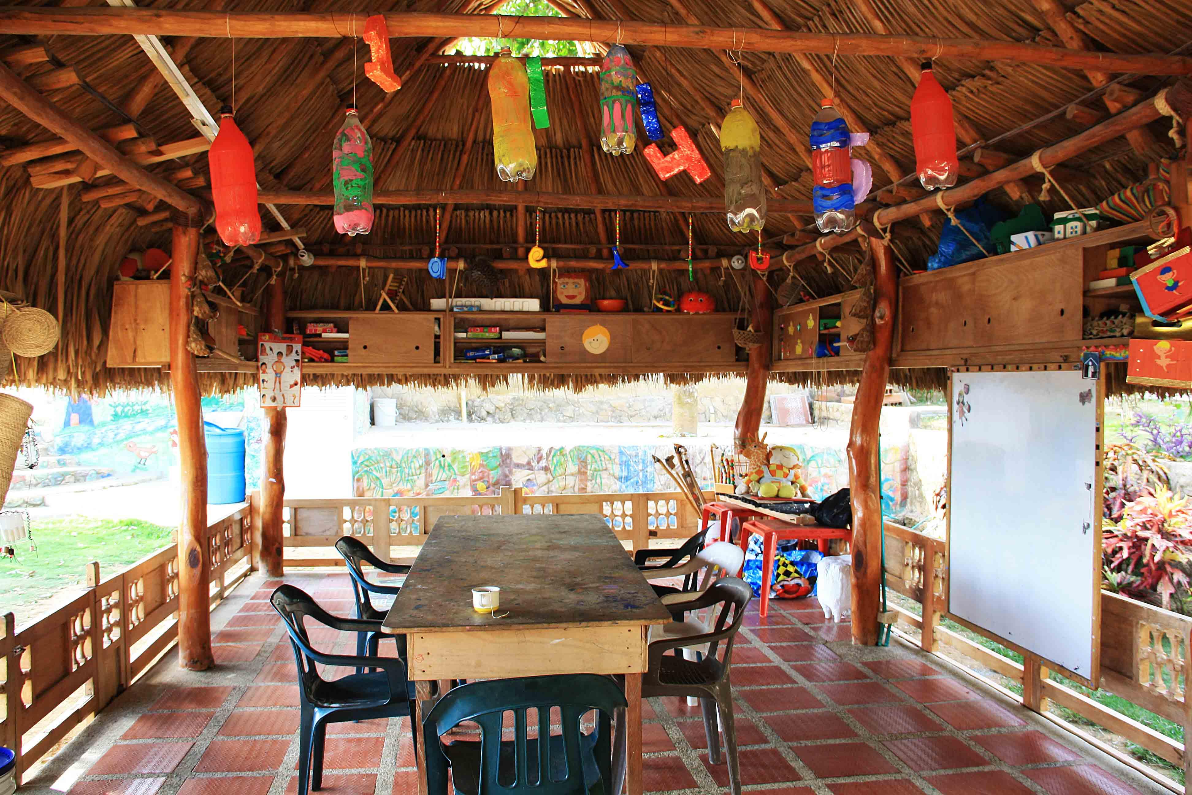 school at Mi Casa en Ipauratu