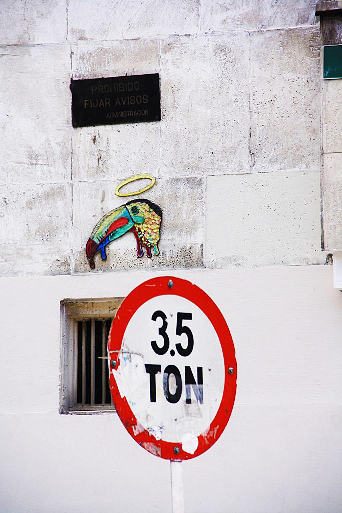 stamps street art tour downtown bogota