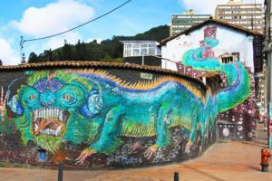 street art tour downtown bogota colombia