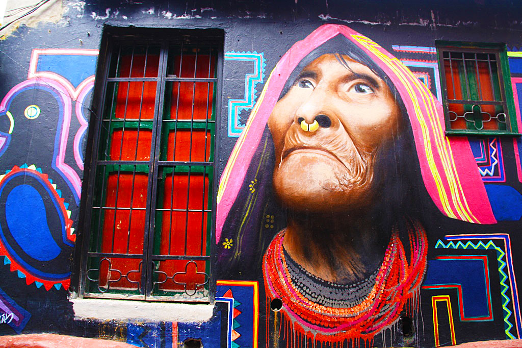 street art tour la candelaria bogota Colombia South America