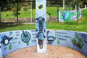 vespa street art tour bogota