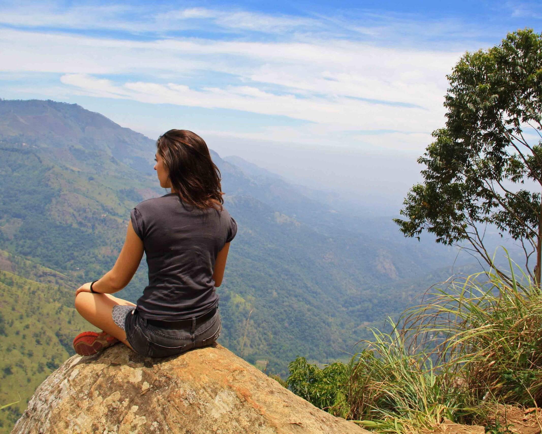 ella rock view climbing mountain sri lanka