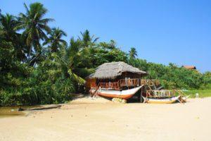 restaurant talalla beach sri lanka