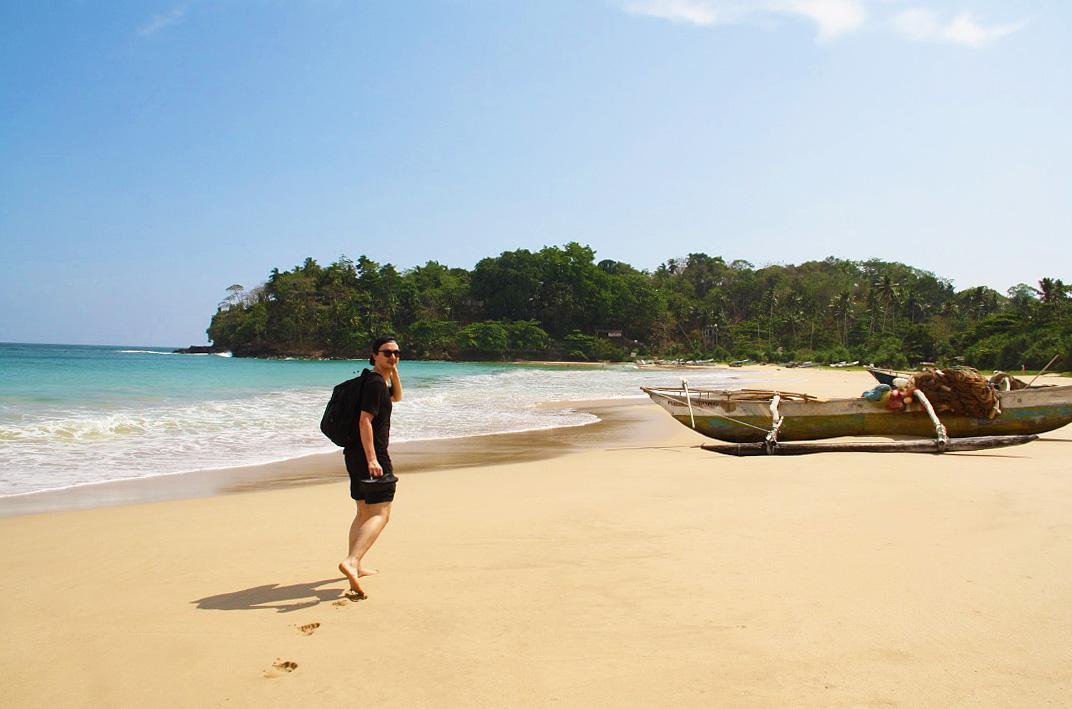 Talalla beach walks boat sri lanka