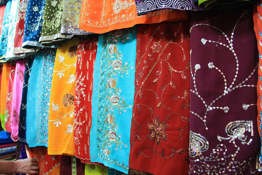 sari colors shop kandy sri lanka