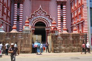 red mosque pettah colombo sri lanka