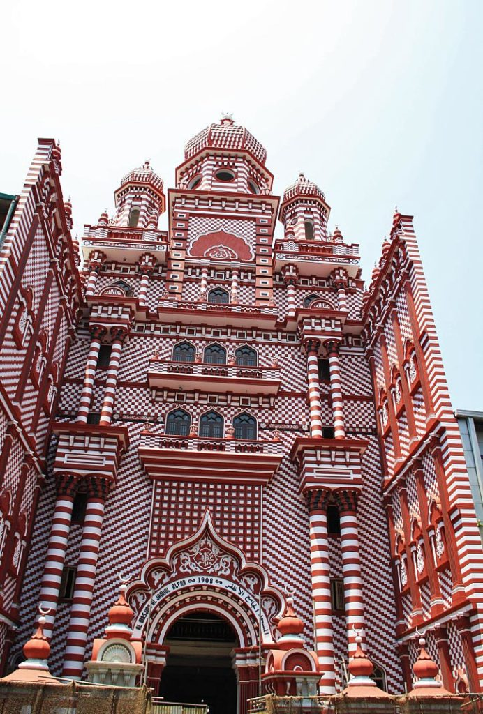 pettah red mosque colombo sri lanka