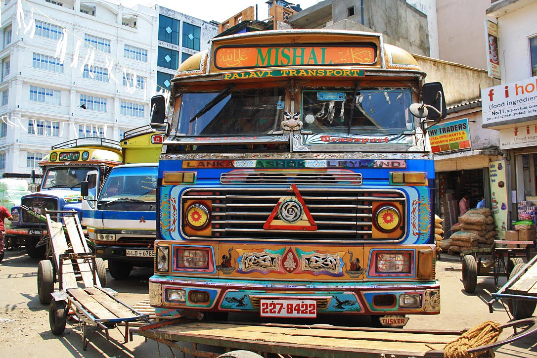 truck streets pettah colombo sri lanka