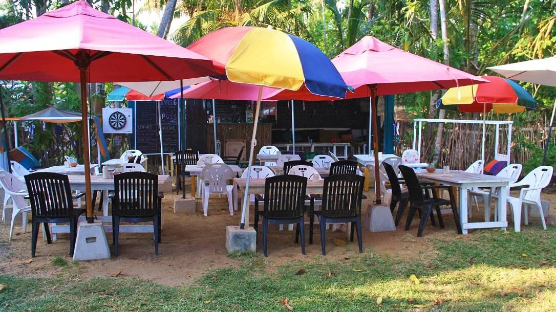 beach bar restaurant dots bay house sri lanka hiriketiya