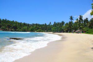 hiriketiya bay beach view sri lanka