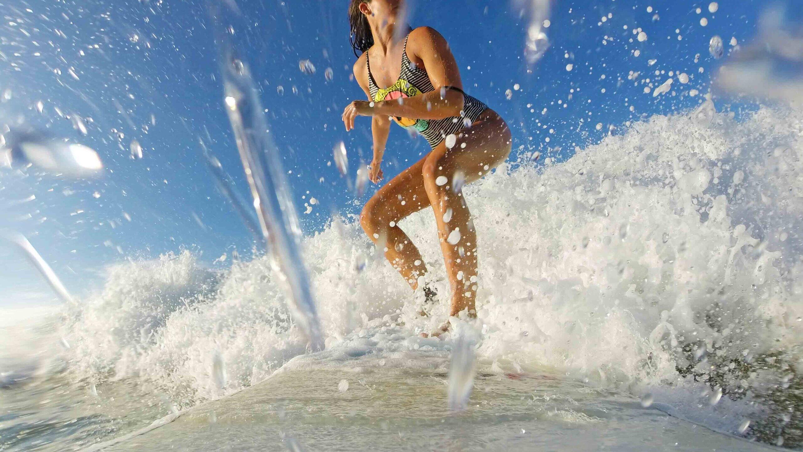 surfing hiriketiya bay sri lanka