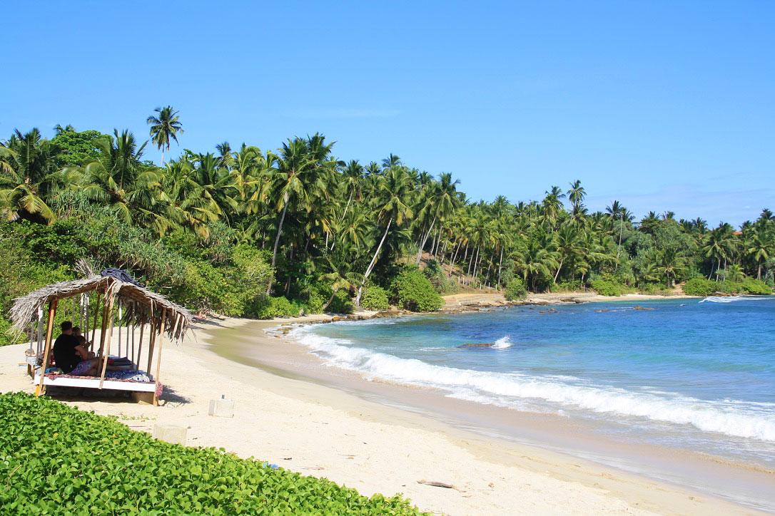 view hiriketiya beach dots bay house paradise sri lanka