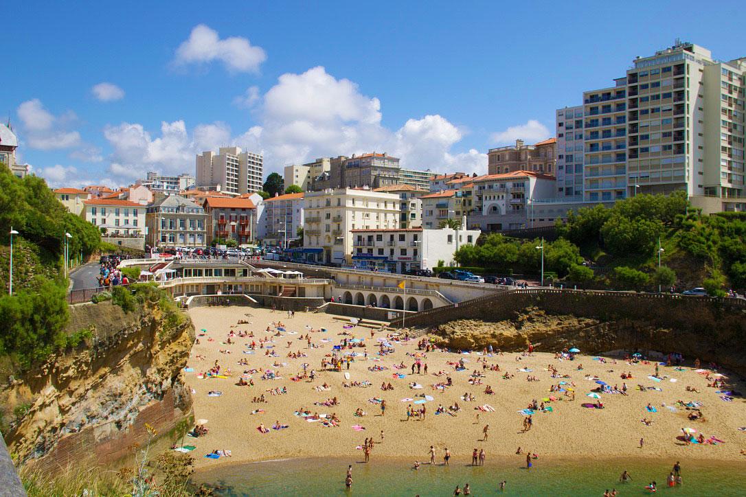 port vieux beach biarritz old city france