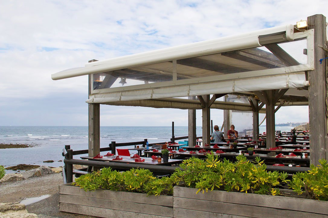 beach restaurant guethary basque france