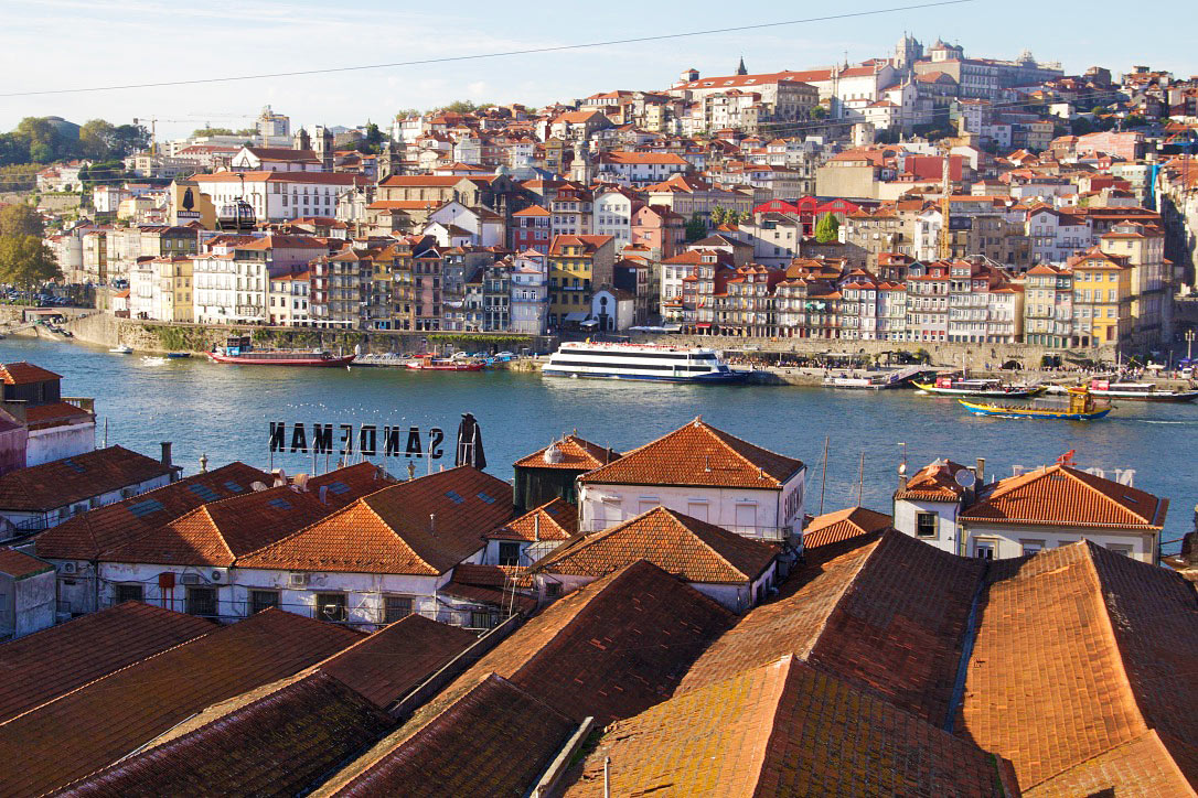 gaia porto river douro port houses sandeman portugal