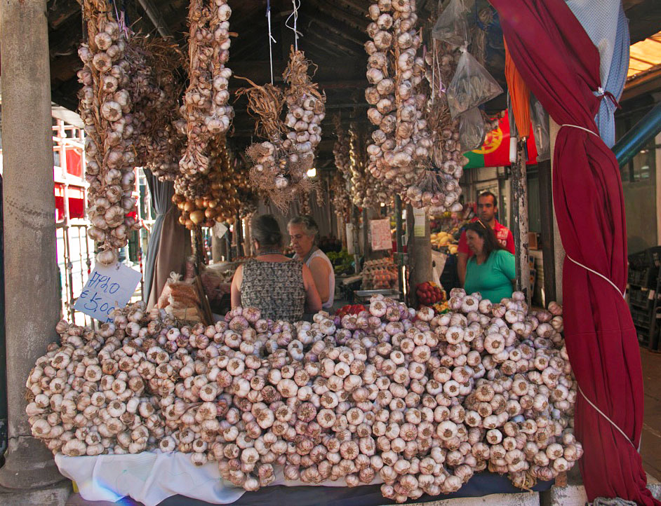 garlic market bolhao mercado porto city portugal