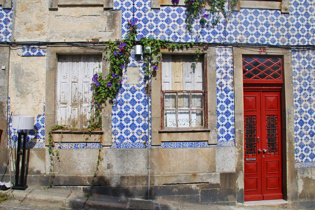 house tiles porto city portugal