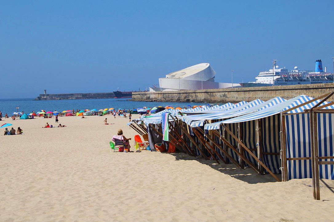 matosinhos beach porto portugal