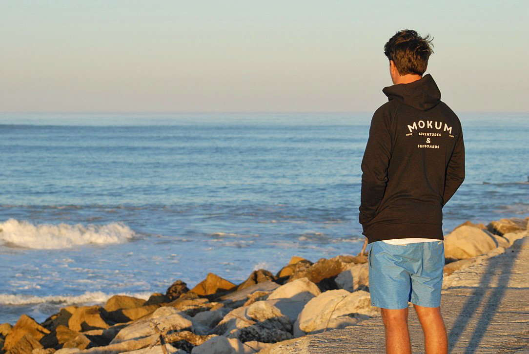 mokum surf club sweater praia do cabedelo portugal