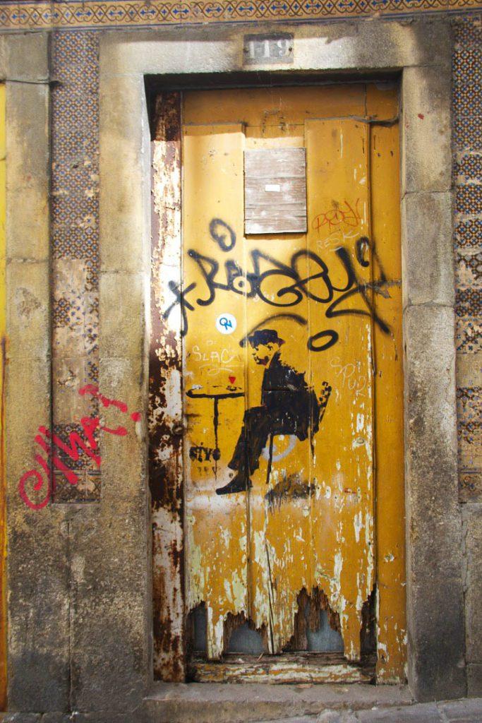 porto streetart graffiti city portugal
