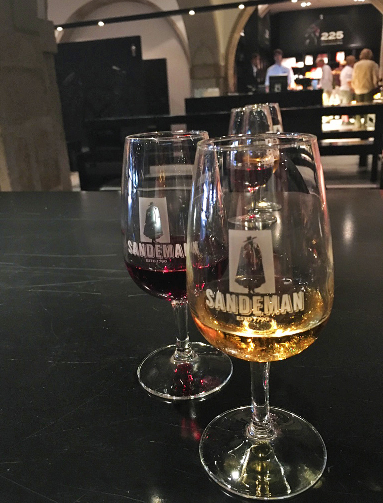 sandeman port tour tasting gaia city porto portugal