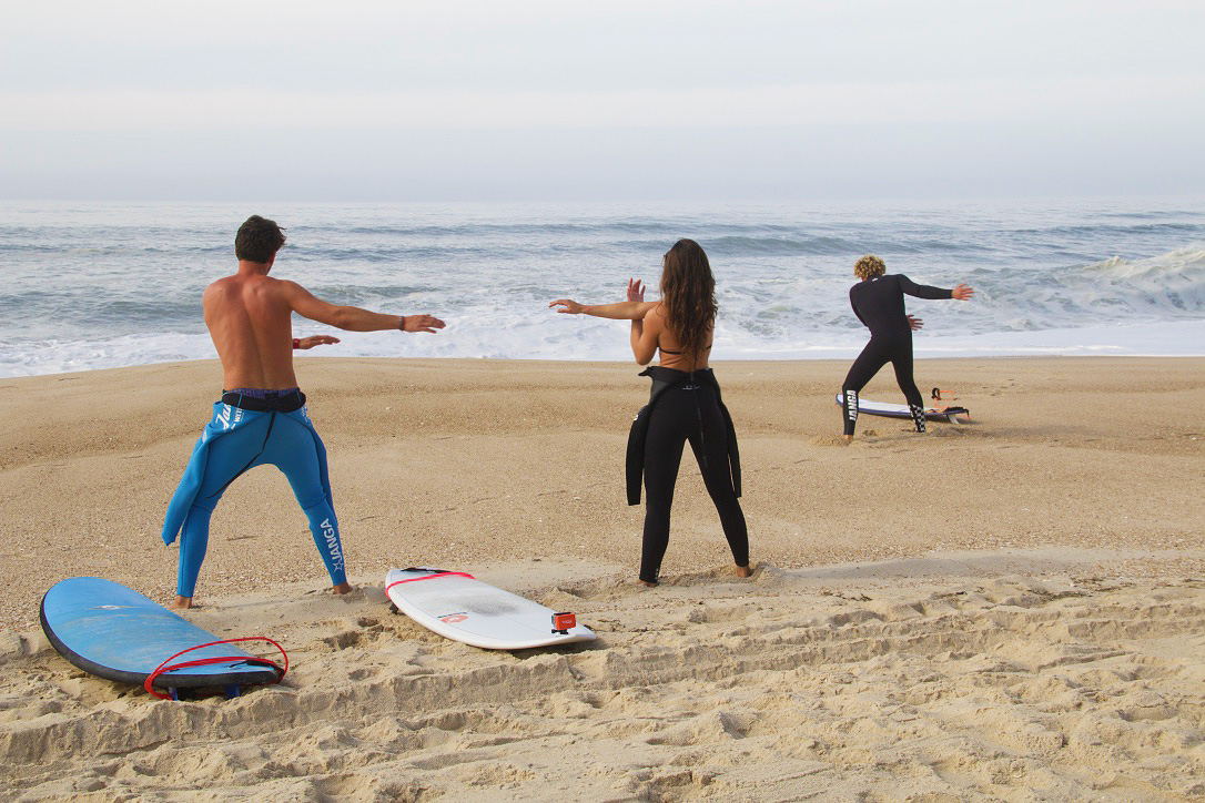 warming up surfing beach praia da tocha no riding no life portugal