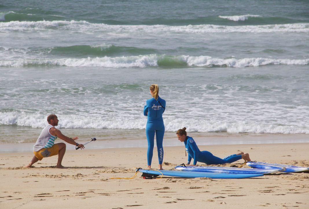 surfing lesson janga no riding no life praia da tocha portugal