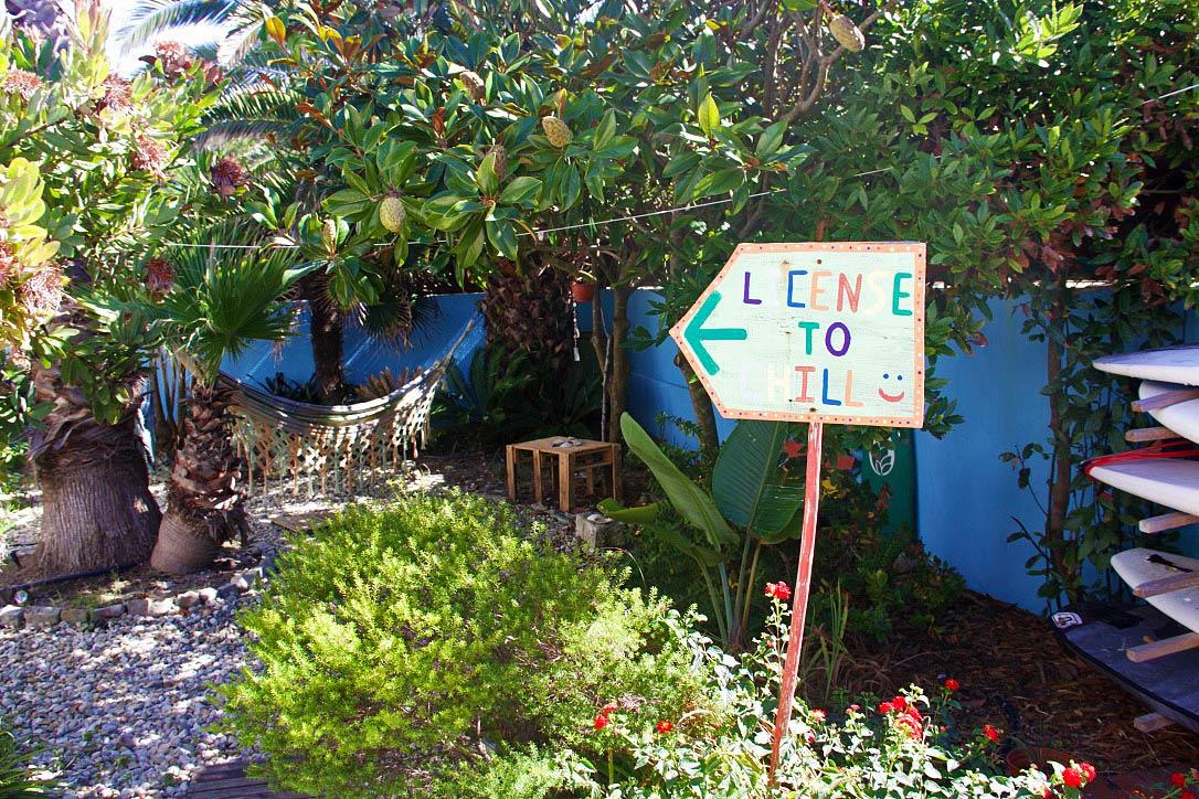 ticket2surf hostel garden praia da tocha portugal