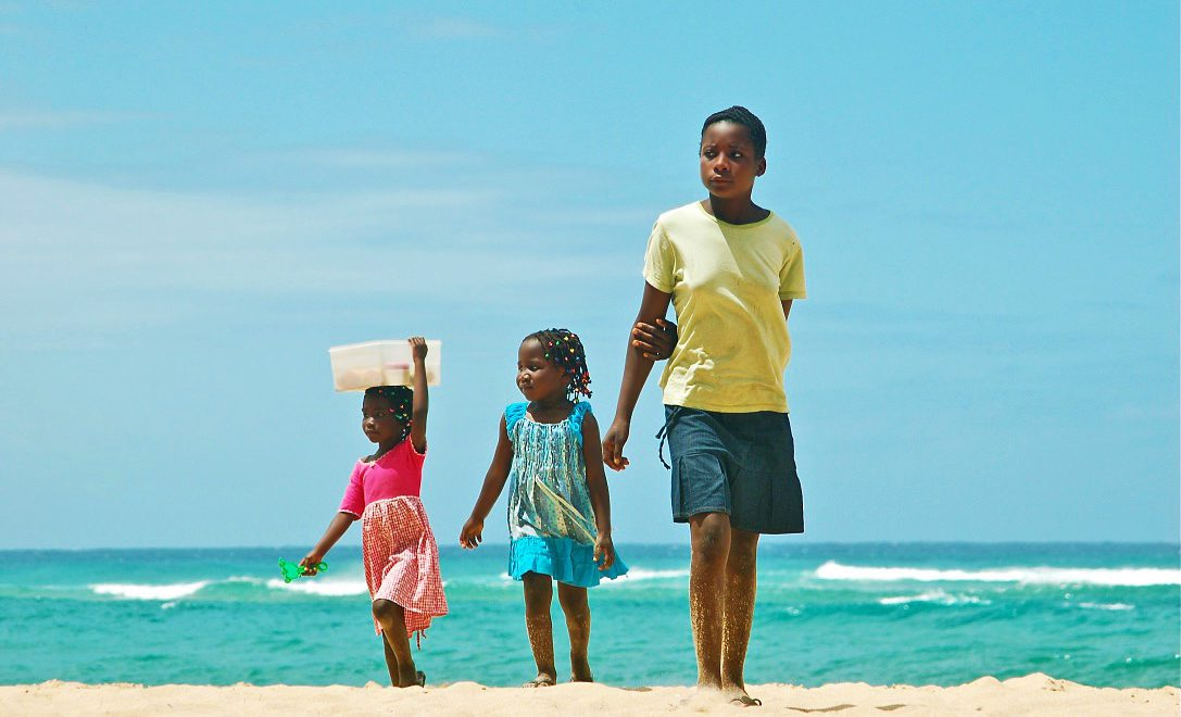 beach people ponto do oura surf destinations mozambique