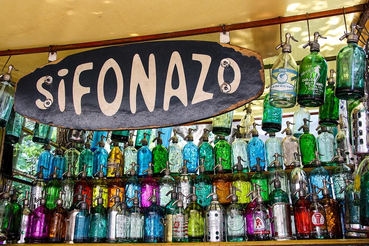Sunday flea market in San Telmo Buenos Aires