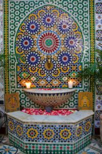 bassin mosaic riad be marrakech morocco
