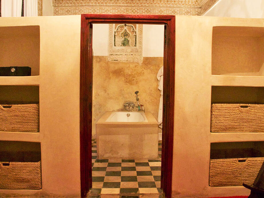 bathroom riad tizwa marrakech riads morocco