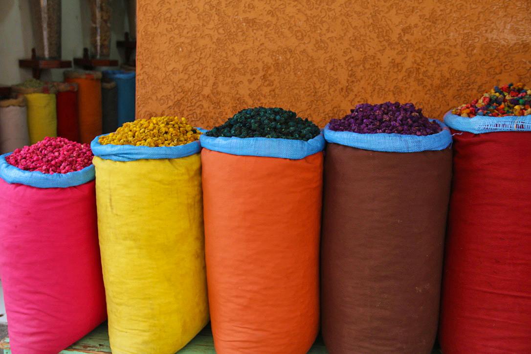 colors souks medina marrakech riads morocco