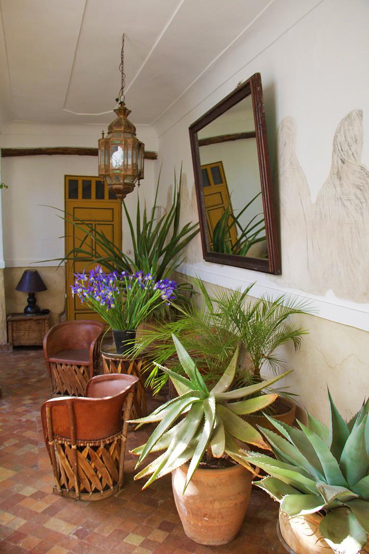 dar rbaa laroub hallway marrakech riads morocco