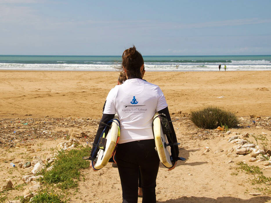 karma surf retreat lesson sidi kaouki morocco
