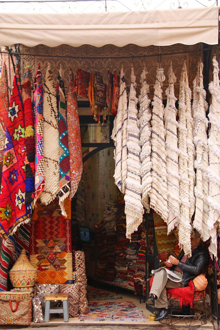 medina souk carpets marrakech morocco