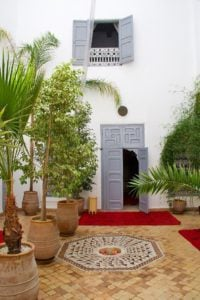 riad tizwa courtyard marrakech morocco
