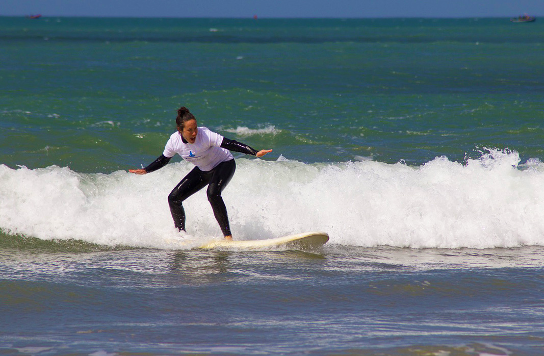 surfing lesson sidi kaouki karma surf retreat
